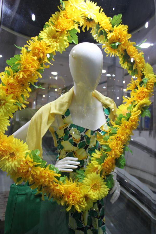 Visual Merchandising Installations | Shopping Centres | Spring VM
