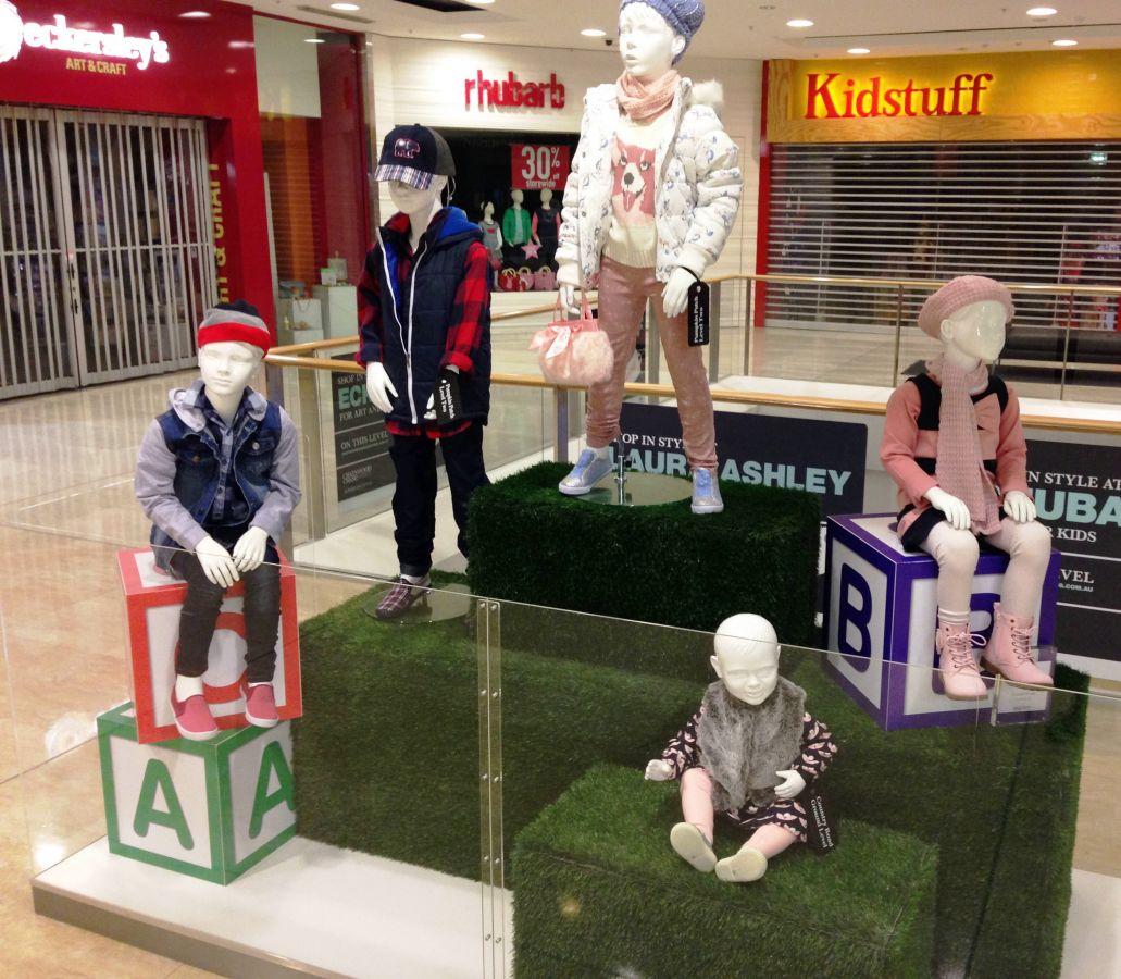 Custom design and build Kids display point