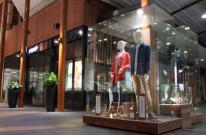 Custom design and build Mannequin showcases